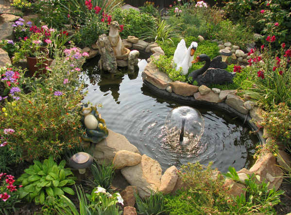 Бассейн с фонтаном своими руками