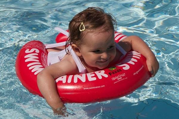 Плавание с кругом